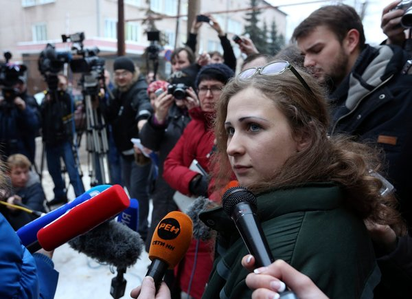 24russia-cnd02-articleLarge