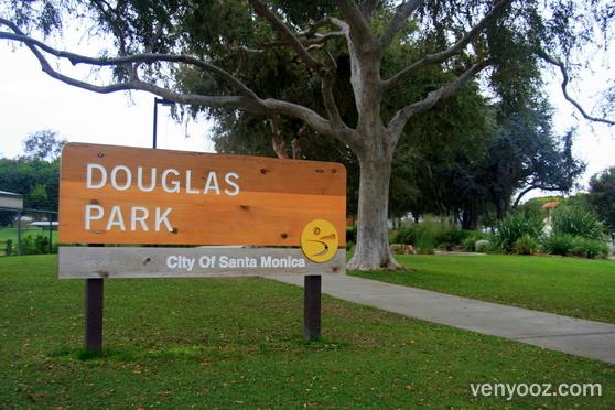 Douglas_Park_ea9wtmml