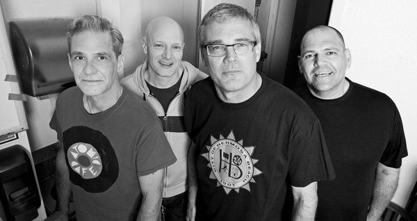 descendents_megaimage-jpg-600x375_q90-1